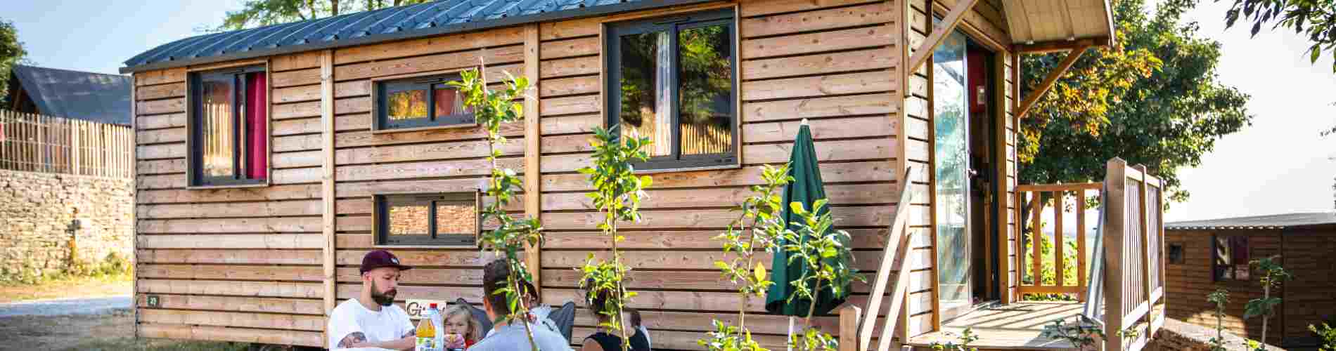 camping-arcachon-nouveau-hebergement-roulotte-bandeau-locatifs